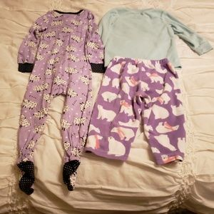 Carter's Pajamas - Toddler Girls Carter's 12M and 12-18M Jammies.